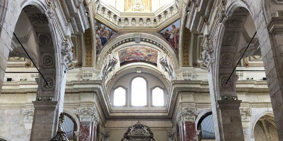 Interior del Duomo de Cagliari