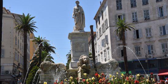 Fuente excursión por Ajaccio