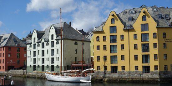 Muelle en Alesund Noruega