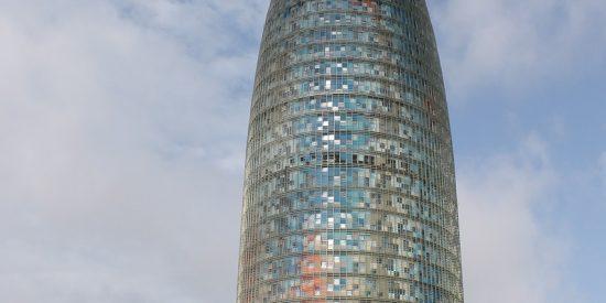 Torre Glòries de cristal en Barcelona
