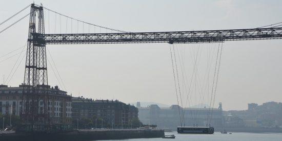 El puente de Vizcaya o Puente colgante de Bilbao