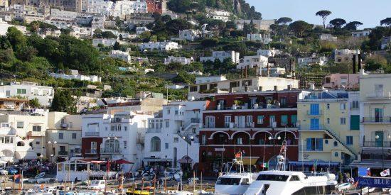 Puerto en Capri