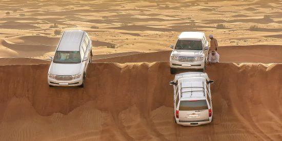 Todoterrenos por las dunas de Dubai