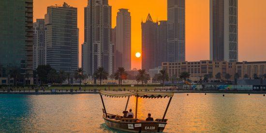 Paseo en barco por Dubai