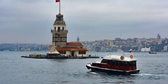 Paseo en barco por el Bósforo Estambul