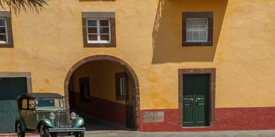 Visita guiada por Funchal Madeira coche antiguo