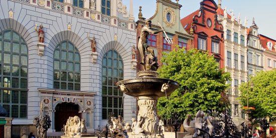 Neptuno simbolo de Oliwa Gdansk