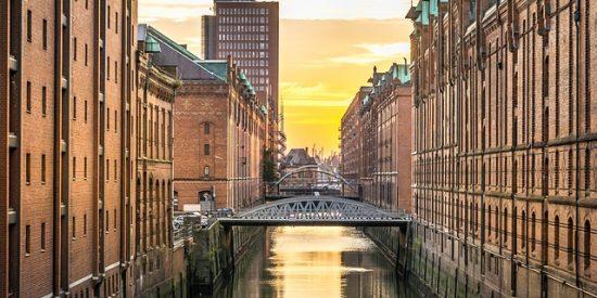 Speicherstadt canales en Hamburgo