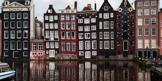 Las casas de los canales de Amsterdam