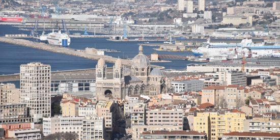 Puerto y Catedral de MArsella