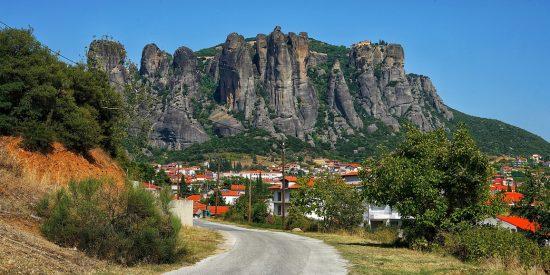 Vistas desde la carretera a meteora Grecia