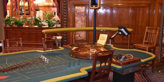 Mesas del Gran casino Montecarlo visita guiada