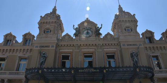 Entrada al gran Casino de Montecarlo