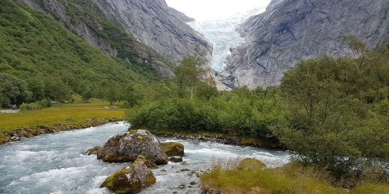 Visita al Glaciar Briksdalsbreen Noruega