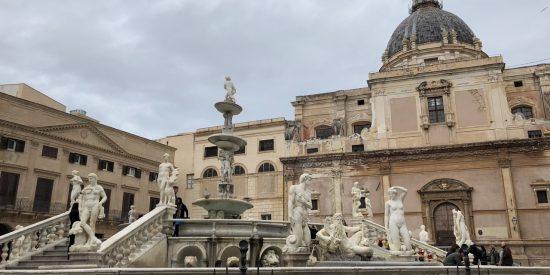 Escaleras clásicas en Palermo