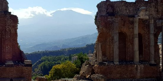 Ruinas del teatro Taormina Sicilia Cruceros