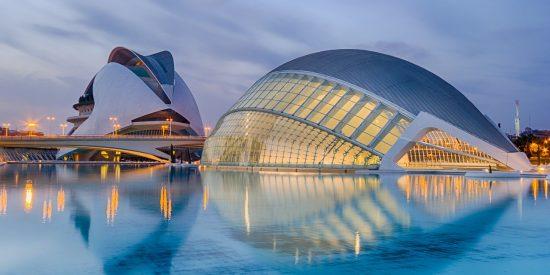 L'Hemisfèric Oceanogràfic en la ciudad de las artes y las ciencias