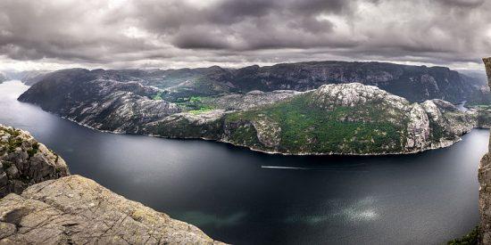 Panorámica del Púlpito y los Fiordos desde arriba
