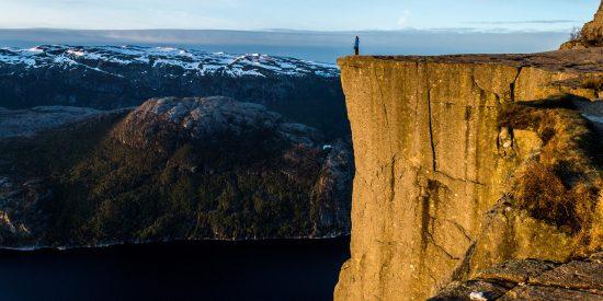 Excursión Fiordos Noruega el Pulpito Preikestolen