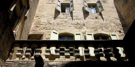 Fachadas y edificios en Montpellier