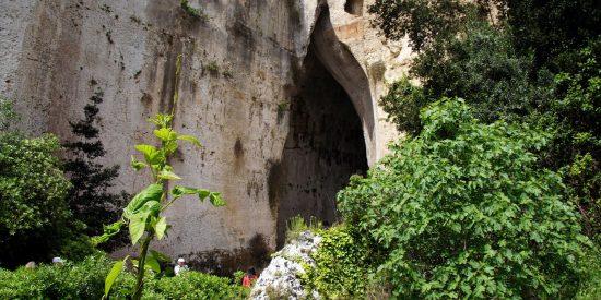 Excursión por La Oreja de Dionisio Siracusa